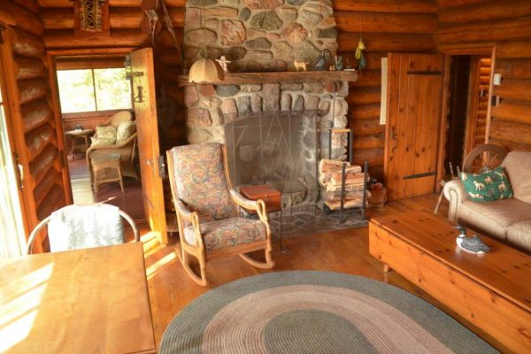 Cabin-Main-Lodge-Lake-Of-The-Woods-Fishing-Guide-Resort-Whitesfish-Bay-0